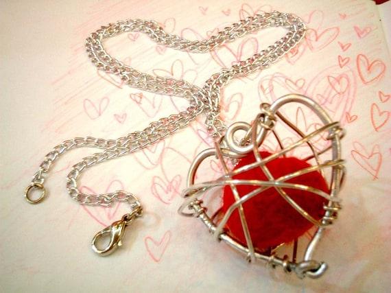 Red Heart Felt Necklace, valentine, bride, wedding, charm, birthday, atom, ball, charm, mobile, kid, boy, girl, beads, toy, party, gift