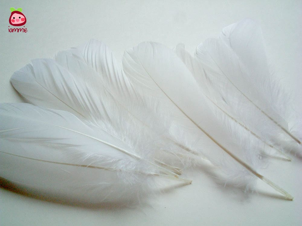 White fake feathers artificial feather faux feather fake for Synthetic feathers for crafts