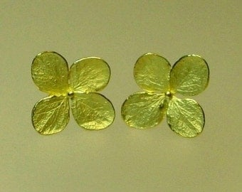 Gold Earrings, Hydrangea earrings, 18k Yellow Gold, Stud Earrings, Post Earrings, Made to Order