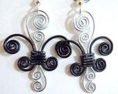 Fleur de lis Dangle Earrings in Black and Silver
