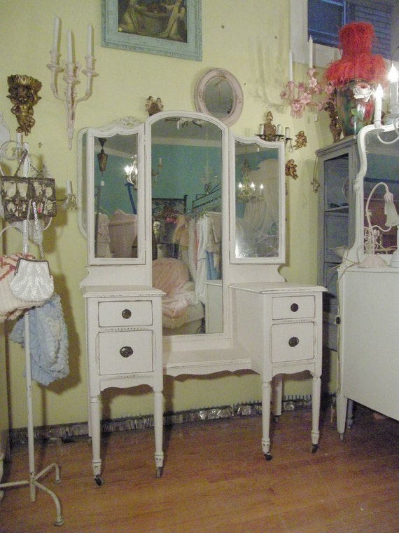 Listing For Christy Antique Vanity Shabby Chic Pink Dressing