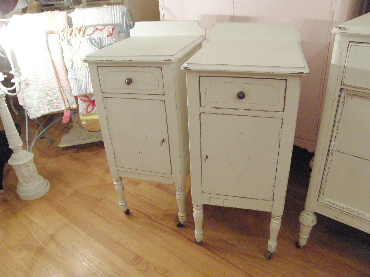 shabby chic white nightstand pair distressed antique vintage. Black Bedroom Furniture Sets. Home Design Ideas