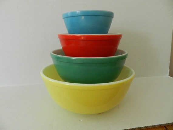1950s Primary Pyrex Nesting Bowls RESERVED FOR ILENE