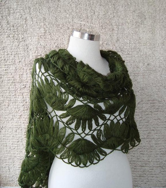EXPRESS DELIVERY, Pretty Green Mohair Triangle Bridal Shawl