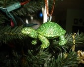 Sparkling Turtle Ornament - Green