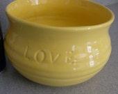 Ceramic Pot      Planter   Serving Bowl