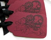 Gothic Wedding Tags Macabre Skull - Set of 5 - Custom Colors Available