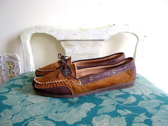 Chestnut Shells GENUINE LEATHER Two Tone Moccasin Loafer Shoes 9.5 10