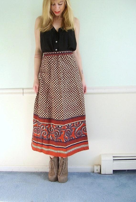 Spiced Vine Vintage 70s High Waist Tribal Triangle Printed Bohemian Maxi Skirt XS S