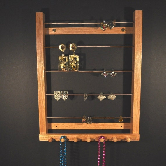 Diy Modern Hanging Jewelry Organizer: Medium Hanging Earring Holder For Clip-On Style Earrings