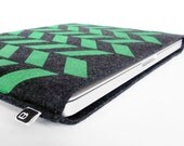 """13"""" Macbook/MacBook Air sleeve: Original hand printed herringbone design on charcoal wool felt"""