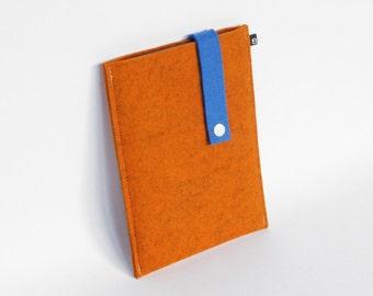 70% OFF CLEARANCE: Kindle Case - Orange and blue wool felt