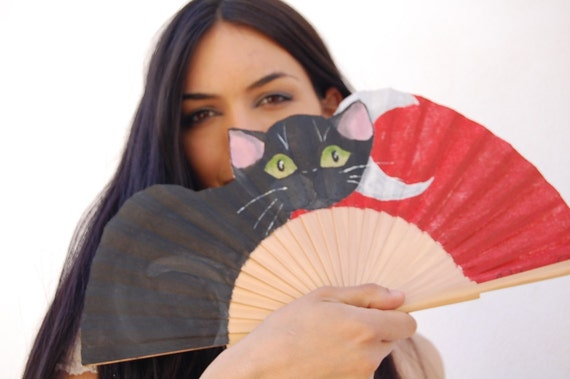 Naif Cat meaw. Fan hand painted