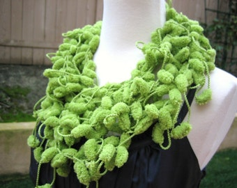 Pompom, scarf, hand made, sooo green,new Turkishteam