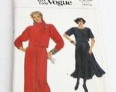 Vintage Vogue  Dress Pattern Very Easy 1984 - Vintage Ephemera - Vintage Sewing -Supplies Pattern
