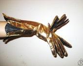 9-fingered gloves