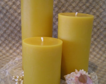 Pure Beeswax Plain Pillar Natural Color 9 inches tall