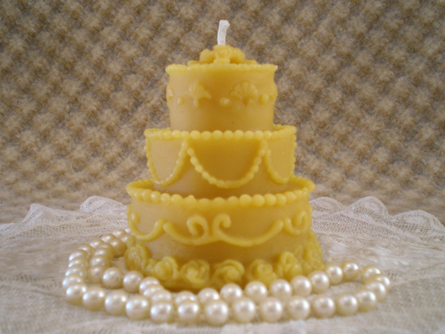 wedding cake shaped candles beeswax candle birthday or wedding cake shaped candle 24474
