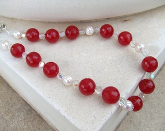 SALE Red Jade Pearl Fashion Stone Necklace,Big Bold Fashion Statement Choker, Vintage Crystal Natural Faceted Cut Red Jade Necklace,9103
