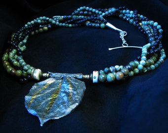 Rose Leaf Pendant Beaded Necklace