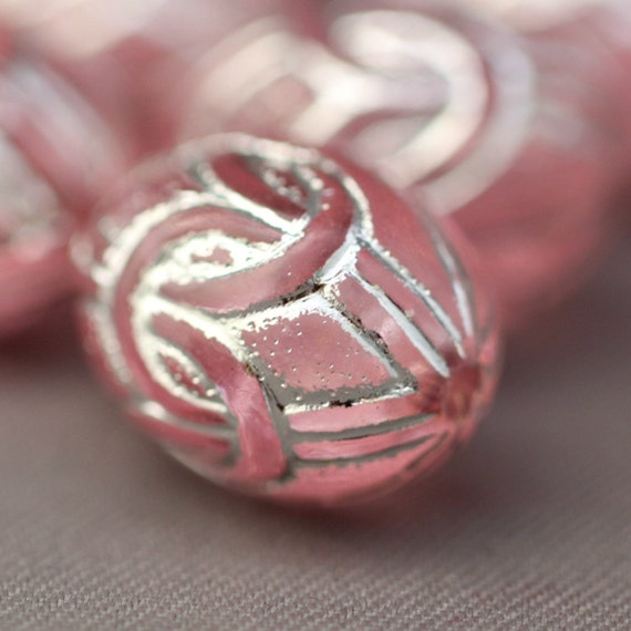 16 Etched Pink Silver Etched Oval Acrylic Knot Beads 13mm