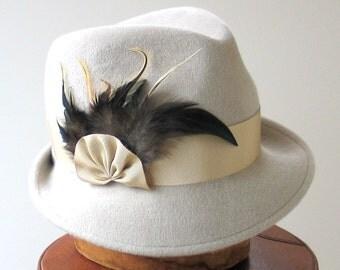 Fedora Trilby Hat- Women's Hat- Fall Fashion- Fall Accessories- Feathered Fedora Hat- Winter Accessories- Felt Hat- Handmade Hat- Dressy Hat
