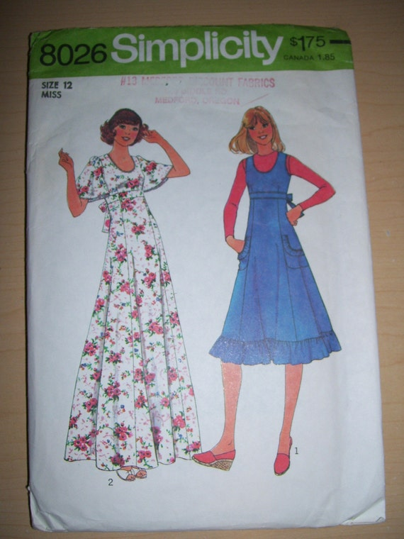 Simplicity dress / gown pattern 8026