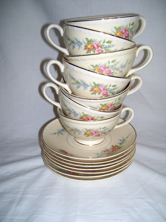 1940's Set of Eight Eggshell Georgian Homer Laughlin Cashmere Pattern Cups and Saucers