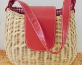 Very cute straw bag