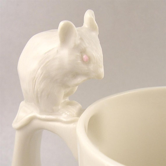 white mouse mug in porcelain