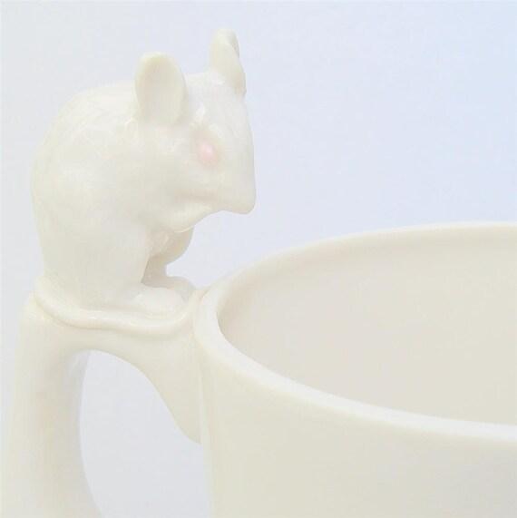 white mouse mug in porcelain