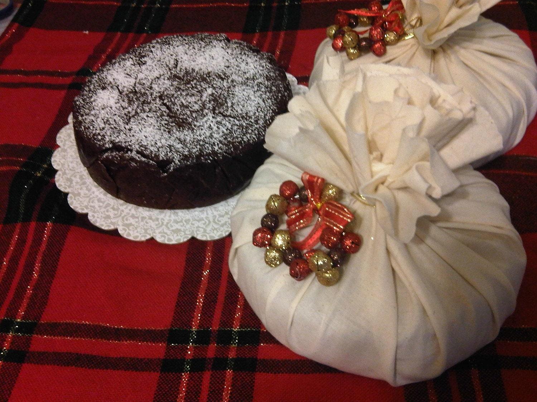 Caribbean Black Rum Cake Christmas Cake by llkaygifts on Etsy