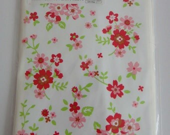 Cute Pink And Red Flowers White Japanese Plastic Gift Bags / Party Bags