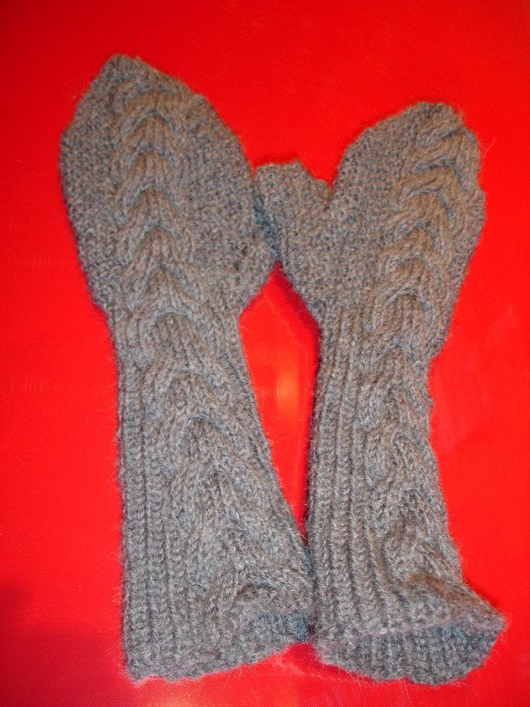 Knitting Pattern For Bella Mittens : Custom knit Bellas Mittens