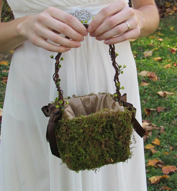 Flower Girl Basket Moss : Small moss flower girl basket for your nature wedding shown