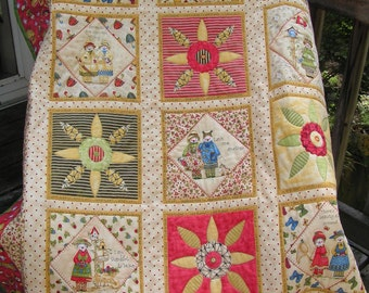 Baby Buggy's and Pacifiers Baby, Kids, Toddler, Children's Quilt