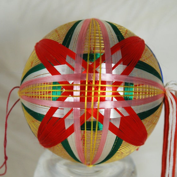 Bright colorful Vintage Temari hime design with tassel