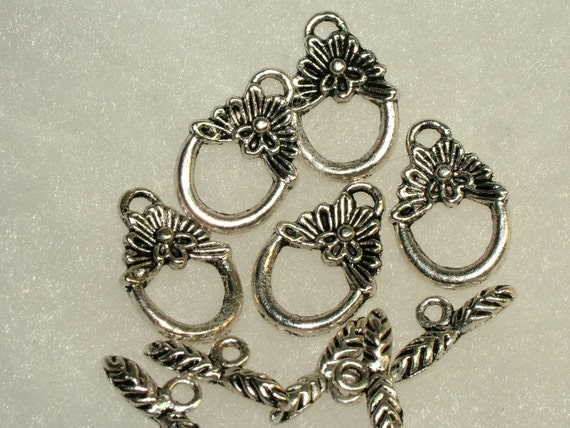 Set of Five Flower, Oval Silver Toggle Clasps