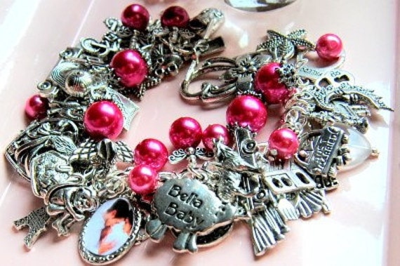 Charm Bracelet 52 Charms Renesmee Edward Bella with Free Twilight Button