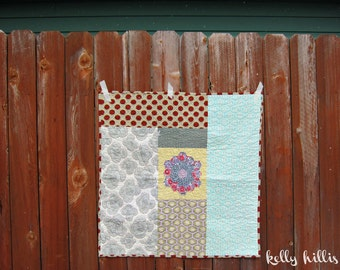 Baby Girl Boy Playmat - 30's Hex Love - Hand Quilted - Patchwork - Retro