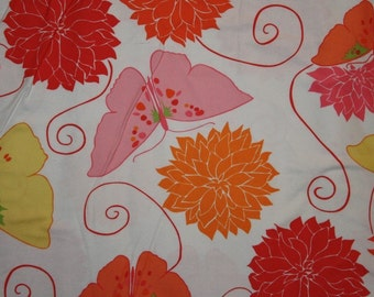 Valori Wells  Della Flannel  Tango in blossom  Fat Quarter