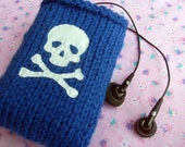 5 Dollar Sale - Skull & Crossbones Ipod Case