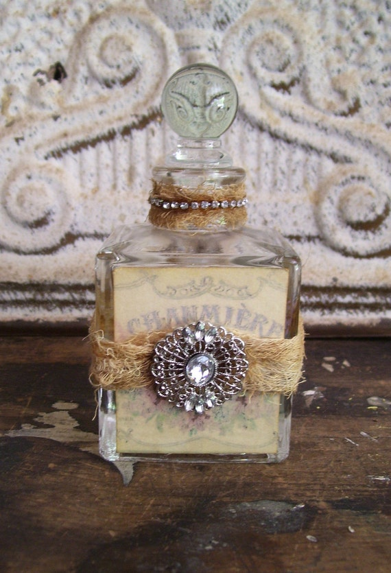 Romantic shabby cottage decorated bottle prairie style French chic perfume vintage