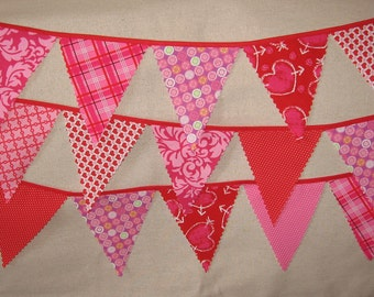 Mini pennant fabric banner -VALENTINES DAY-- childrens decor, party decor or photo prop