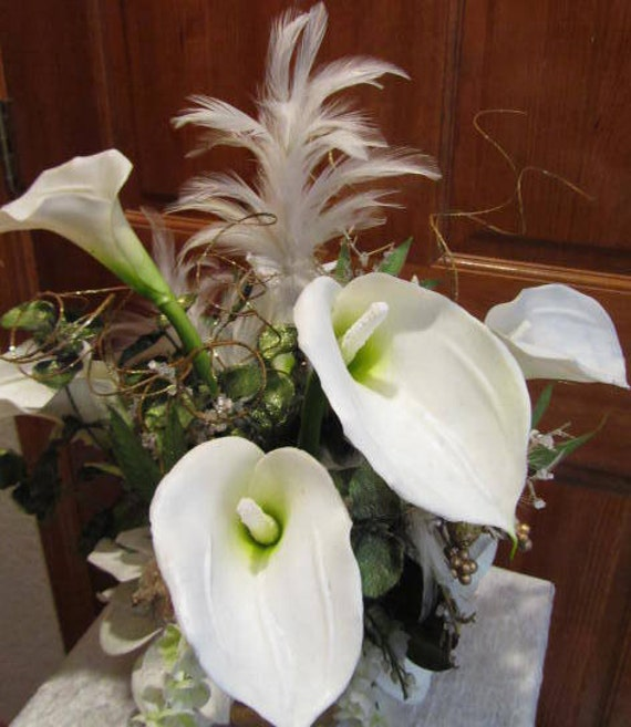 Orchid Centerpiece Jacket : White calla lily and magnolia victorian style wedding