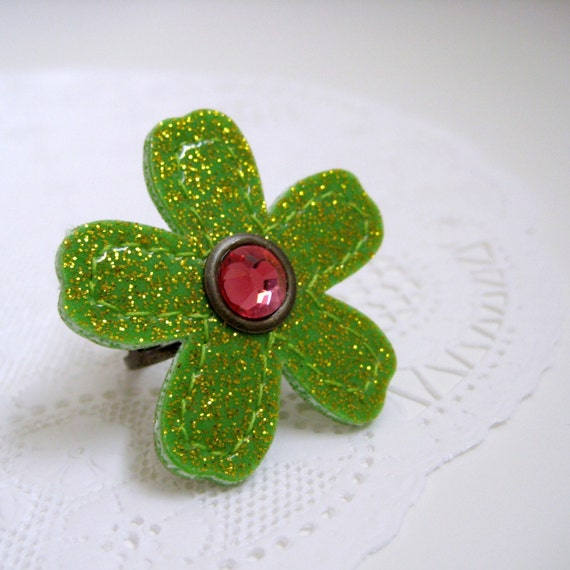 Vinyl Flower Ring in citron green sparkle vinyl / coral pink Swarovski crystal with adjustable antique brass band