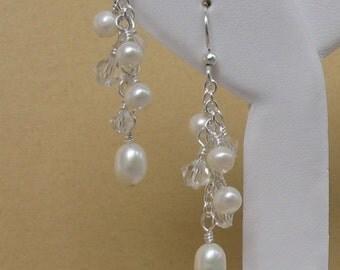 Bridal Earrings, Freshwater Pearl Earrings, Wedding Jewelry, Bridal Jewelry, Gift for Bridesmaids, Pearl Cluster Earrings, Short n Sweet