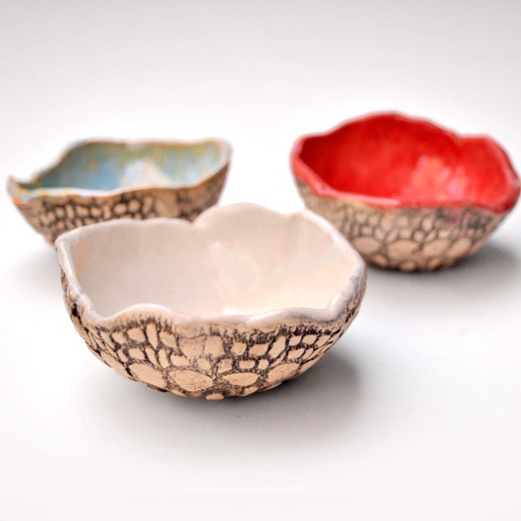 ceramic bowls dipping sauce bowl set of 3 handmade  pottery Red, White and Blue with lace pattern Summer Garden