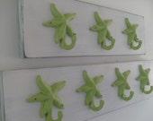 Beach House Dreams 4 starfish hooks on wood, beach towel hooks, bathroom wall decor, wall hooks, available in 26 colors