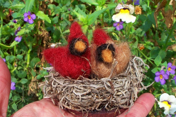 Cardinal Couple of Felted Wool in Nest Ornament